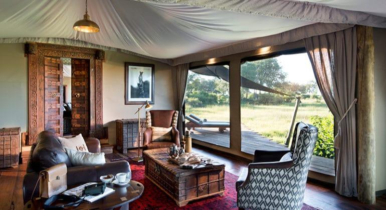 Duba Plain Lounge