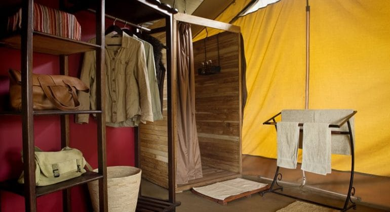 Dunia camp bathroom