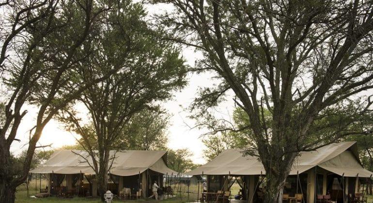 Kimondo camp Lounge and dining
