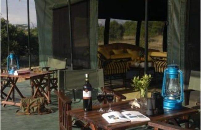Porini Rhino Camp - lounge