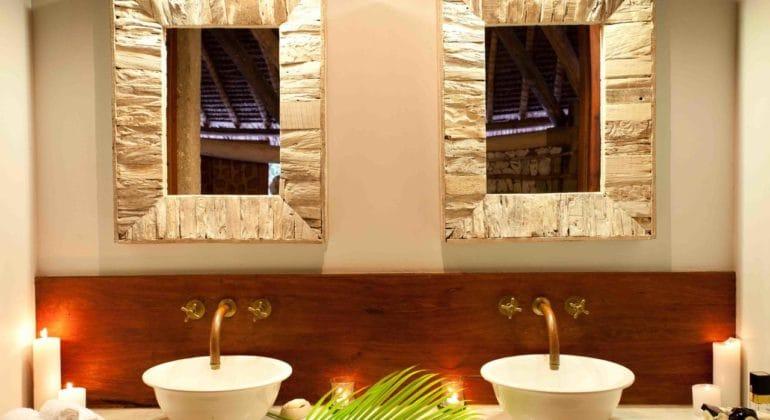 Vamizi Casamina Bathroom
