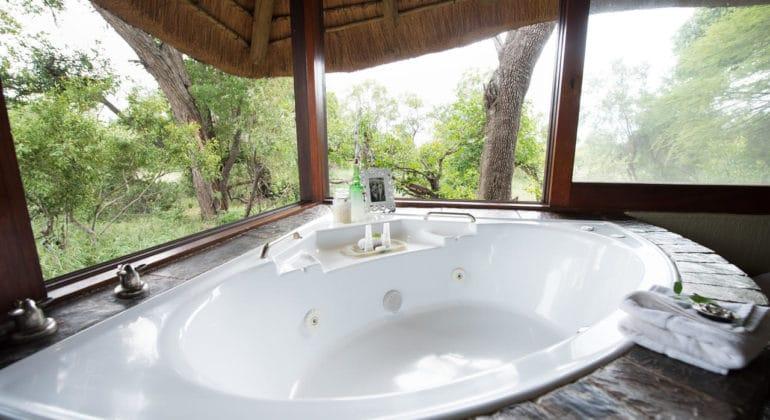 Kambaku River Sands Bathroom