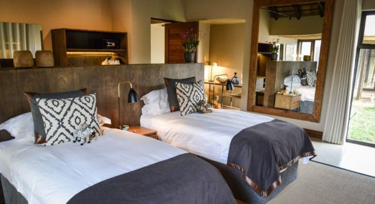 Tinga Hi'nkweni Family Lodge Twin Beds