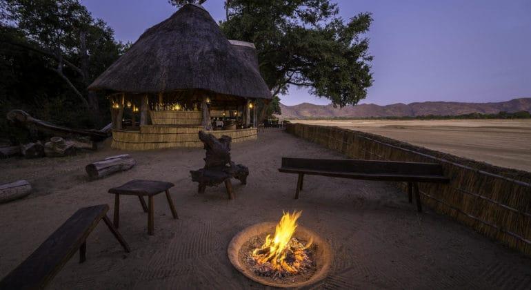 Chamilandu Fireplace