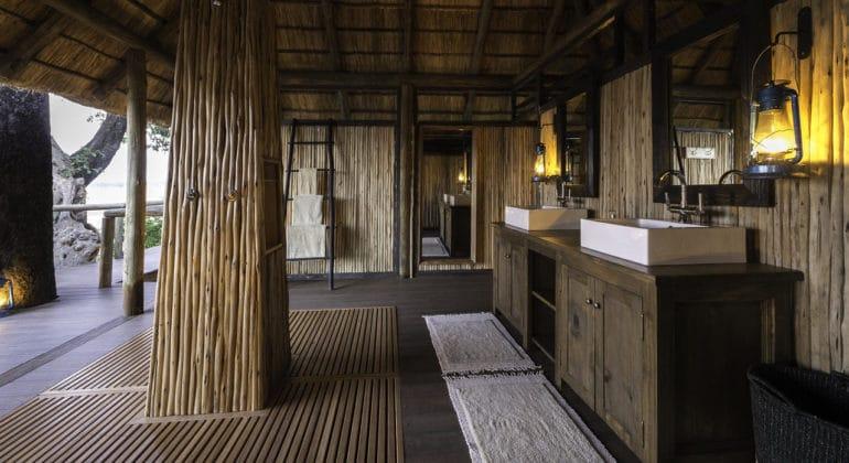 Chamilandu Washroom