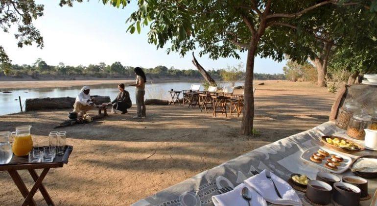 Kakuli Camp Breakfast Riverside