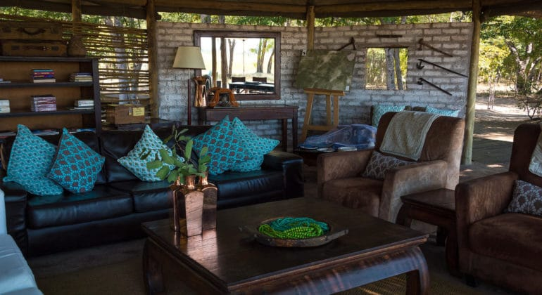 Little Makalolo Camp Guest Area