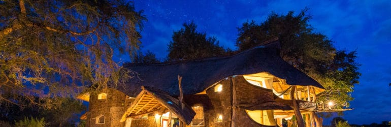 Luangwa Safari House At Night