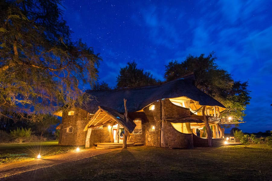 Luangwa Safari House At Night