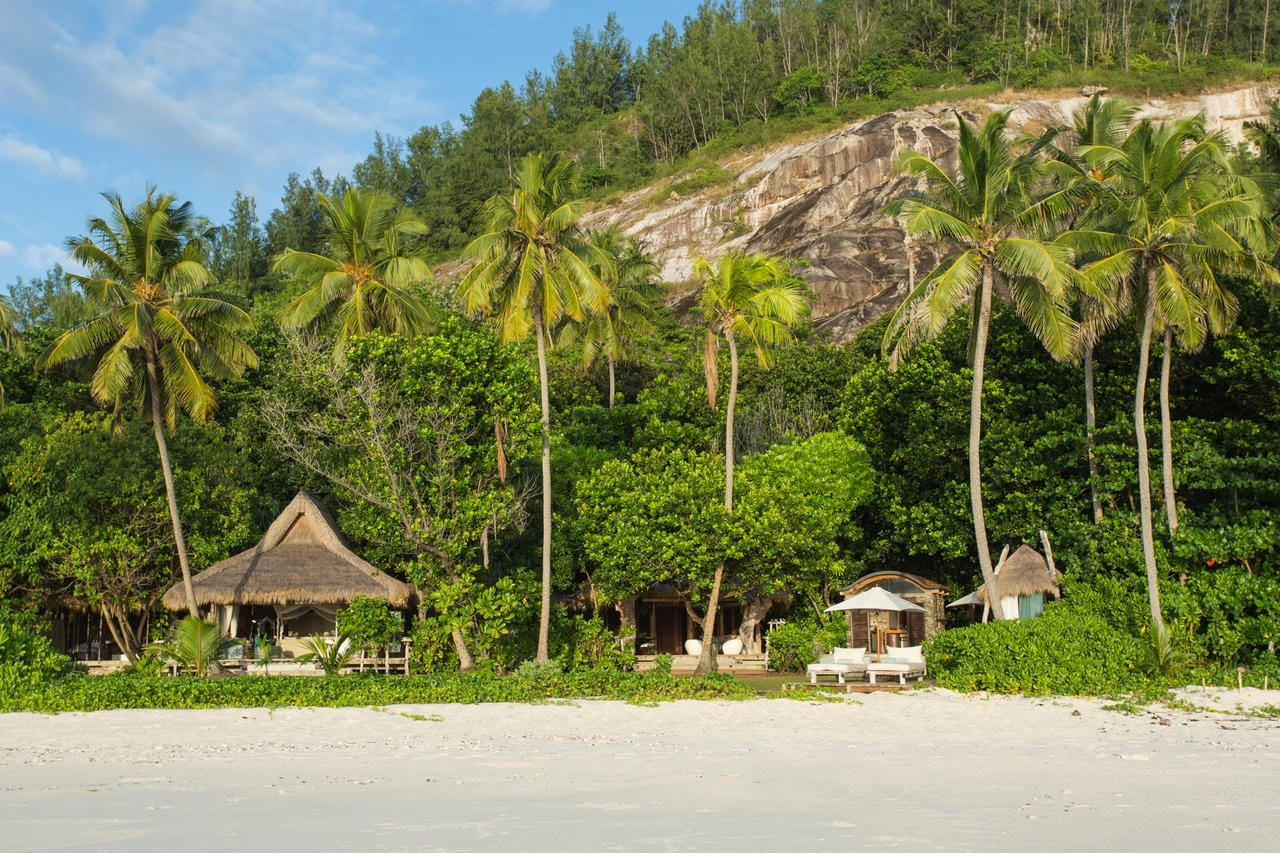 North island seychelles luxury private island resort chalo africa north island external view sisterspd