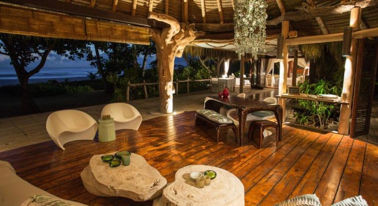 North Island Lounge