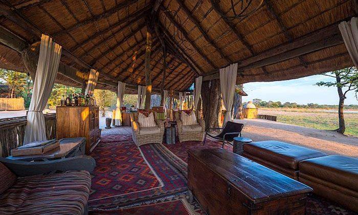 Zungulila Lounge