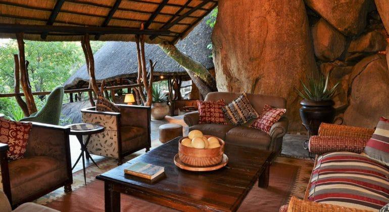 Amalinda Lodge Sitting