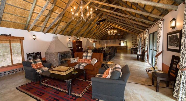 Camelthorn Lodge Lounge