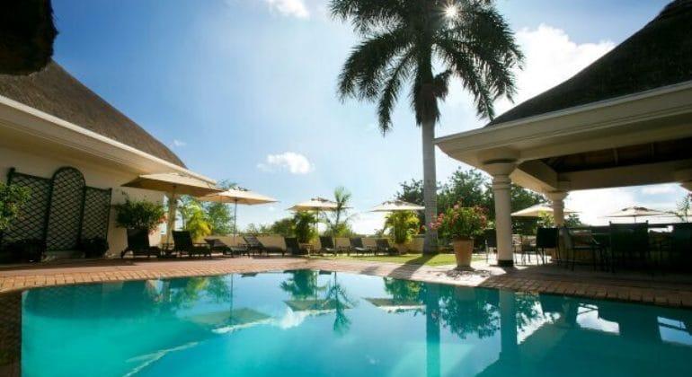 Ilala Lodge Poolside