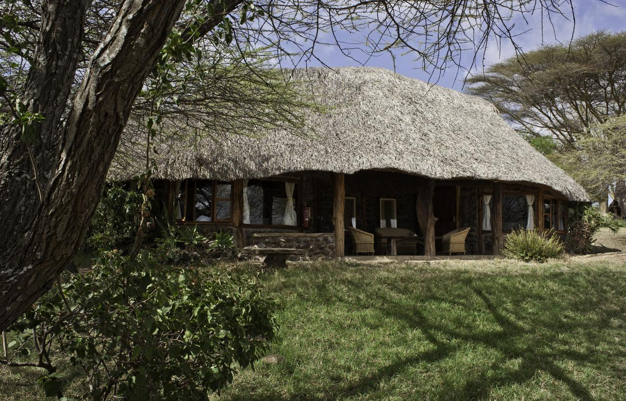 Lewa house lewa wildlife conservancy kenya chalo africa for Family cottages