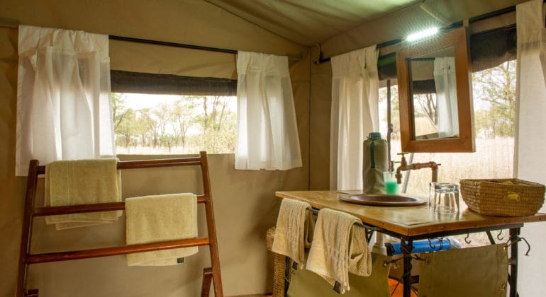 Ndutu Wilderness Camp Bathroom
