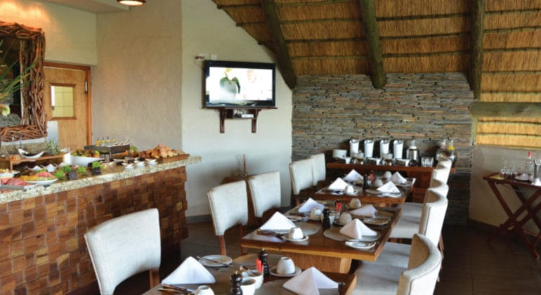 Victoria Falls Safari Club Dining