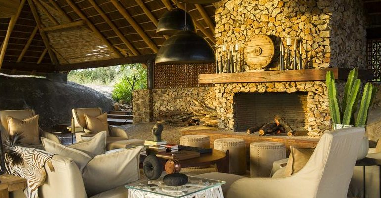 Mwiba Lodge Lounge