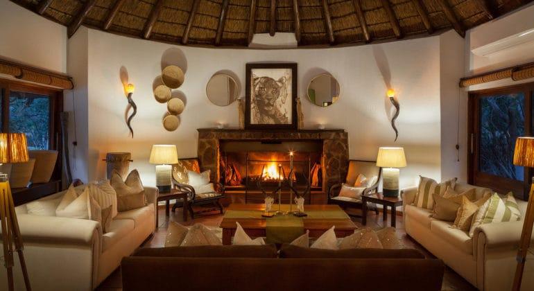 Serondela Lodge Lounge