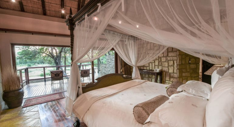 Shumbalala Game Lodge Bedroom