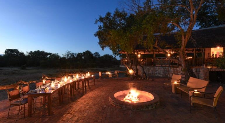 Shumbalala Game Lodge Boma Dining