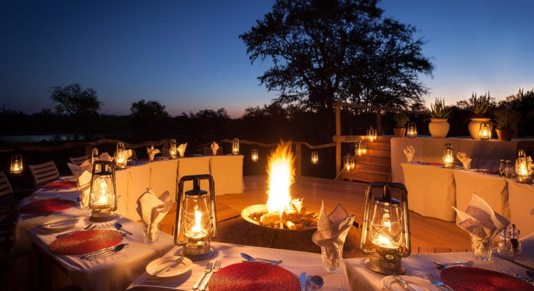 Simbambili Game Lodge Outdoor Dining