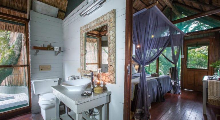 Kosi Forest Lodge Bathroom
