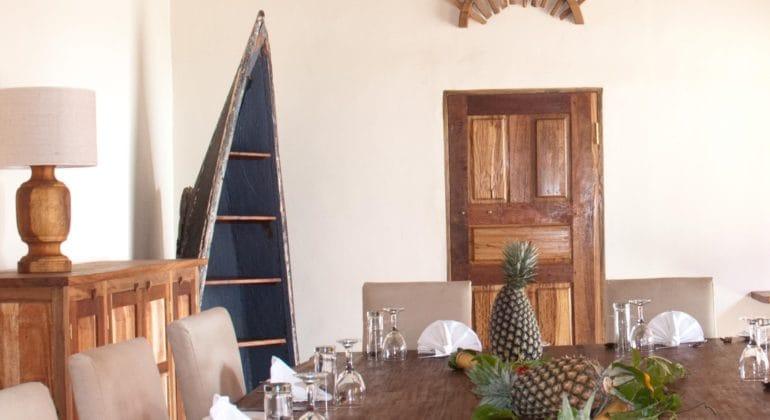 Pinneapple Bay Dining