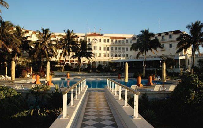 Polana Serena Hotel Poolside