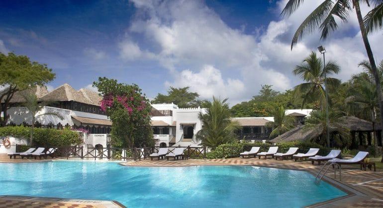 Serena Beach Resort And Spa Pool