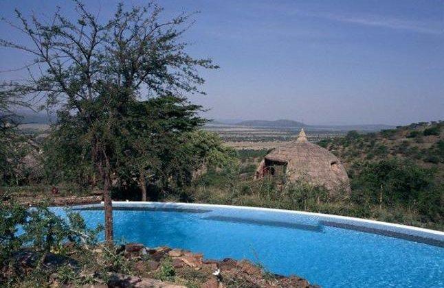 Serengeti Serena Safari Lodge Pool