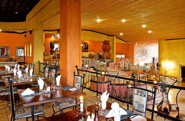 Serengeti Sopa Lodge Dining