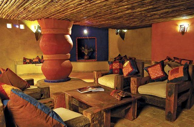 Serengeti Sopa Lodge Lounge