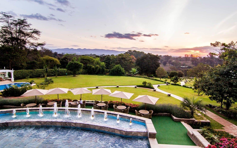 Hemingways nairobi nairobi kenya chalo africa for Pool garden restaurant nairobi
