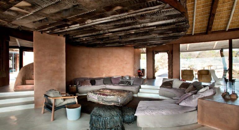 Leobo Private Reserve Lounge