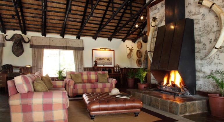 Malamala Main Camp Lounge
