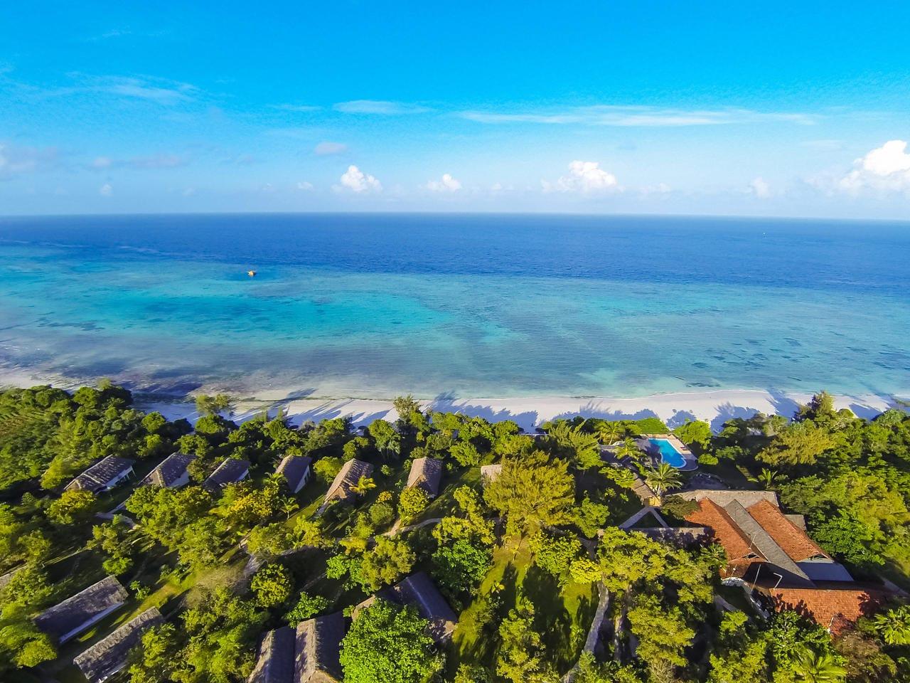 The Manta Aerial View 1