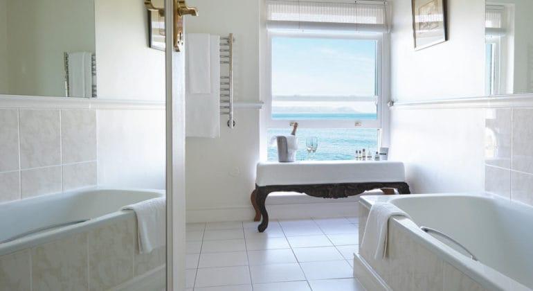 The Marine Bathroom