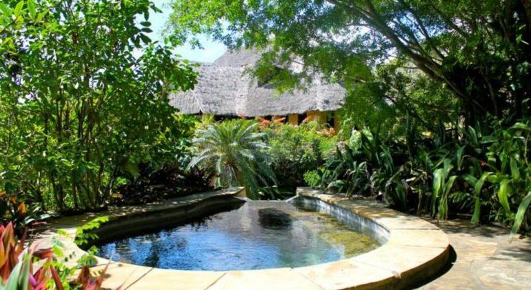 Olerai Beach House Garden