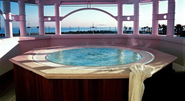 The Table Bay Jacuzzi