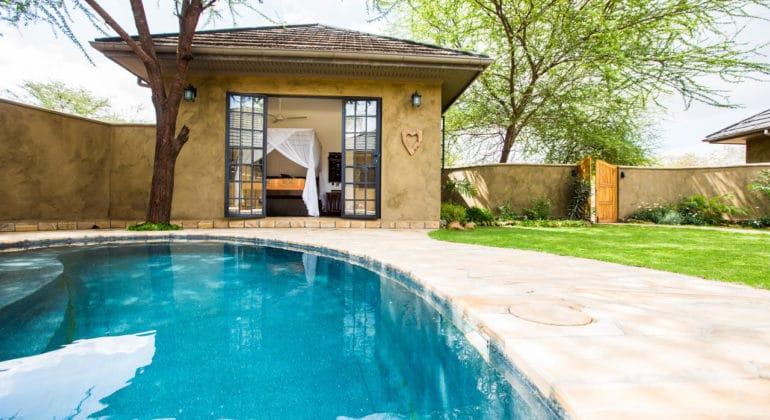 Lemala Kili Villas Pool 1