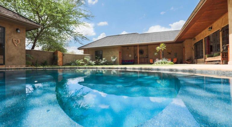 Lemala Kili Villas Pool