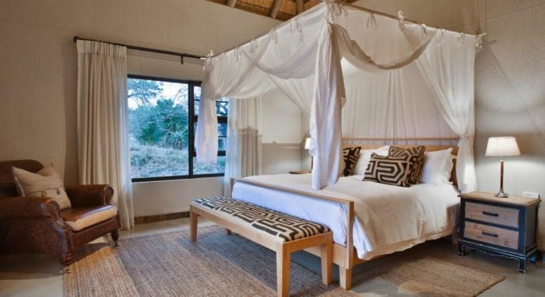 Makanyi Private Game Lodge Bedroom