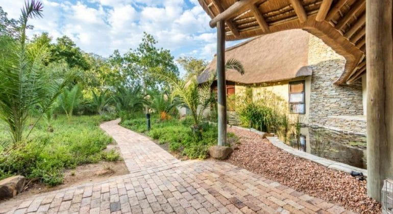 Makanyi Private Game Lodge Outdoors