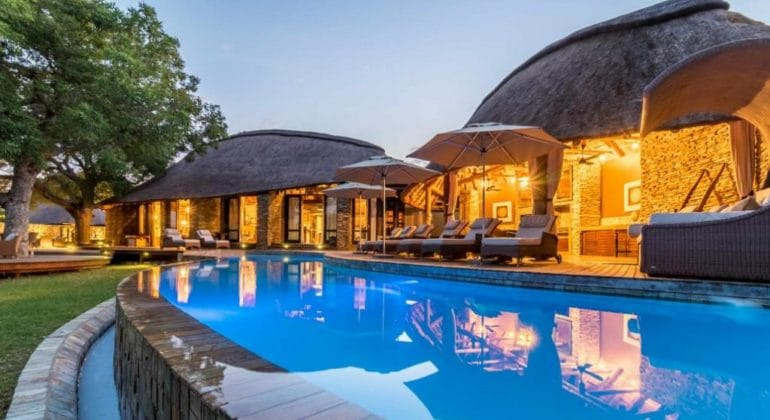 Makanyi Private Game Lodge Poolside