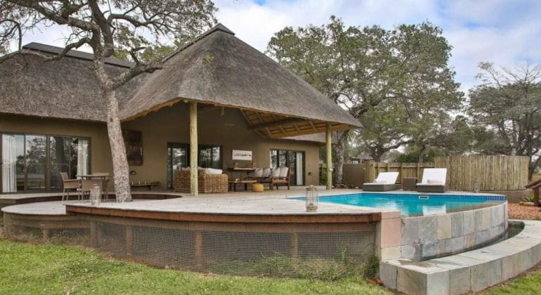 Makanyi Private Game Lodge Room View