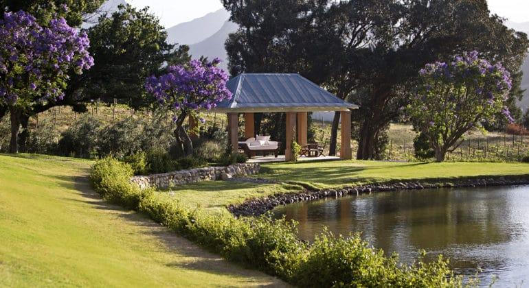 La Residence Outdoor Garden