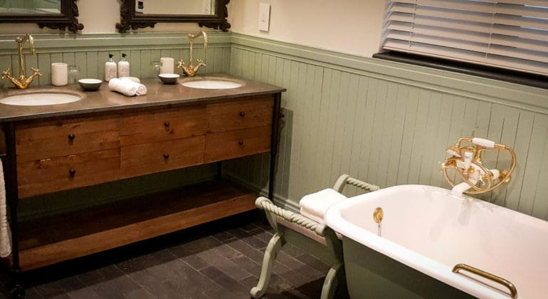Stanley & Livingstone Boutique Hotel Bathroom