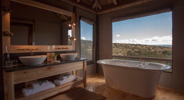 Amakhala Bukela Game Lodge Bathroom